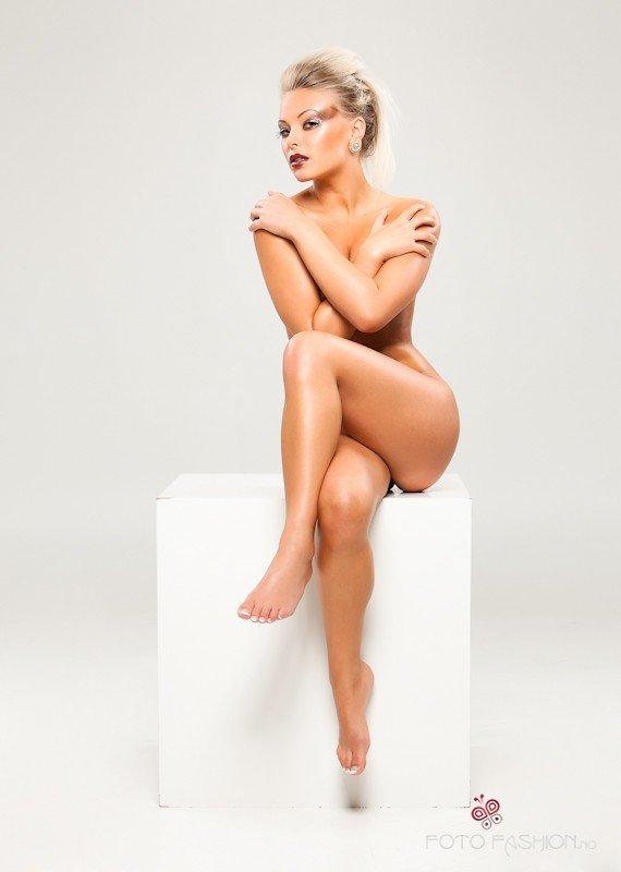 annette soknes naken norske nakene damer